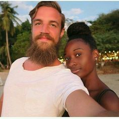 Keep calm and love interracial couples. Interracial Couples, Biracial Couples, Interracial Dating Sites, Black And White Dating, Dating Black Women, Black Woman White Man, Couples In Love, Mixed Couples, Love Actually