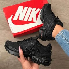 pretty nice 12748 bf3b8 Top 10 Nike Air Max Plus Sneakers   Sneakerz   Page 2 Nike Air Max Black