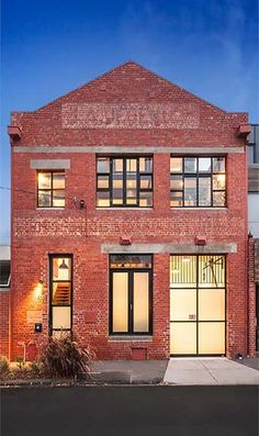 Fabulous New York style warehouse conversion in MelbourneYou can find Warehouse conversion and more on our website.Fabulous New York style warehouse conversion in Melbourne Warehouse Living, Warehouse Home, Warehouse Design, Converted Warehouse, Warehouse Conversion, Loft Conversions, Brick Building, Building Design, Facade Design