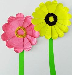 Κυριακάτικο χαλάρωμα με τα παιδιά... Δημιουργίστε κατασκευές με χάρτινα πιατάκια -
