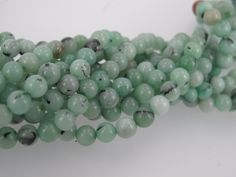 Kiwi jade round beads 6mm. Green jade smooth beads. Full strand. Craft supplies by Susiesgem on Etsy