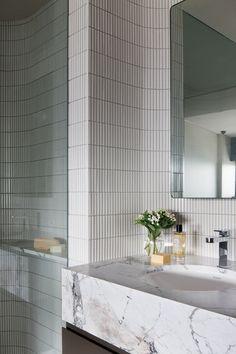 Home Decor Accessories Dialogue with Seidler: Horizon Apartment Home Decor Accessories, Home Remodeling, Cheap Home Decor, House Interior, Apartment Decor, Bathrooms Remodel, Bathroom Decor, Beautiful Bathrooms, Bathroom Inspiration
