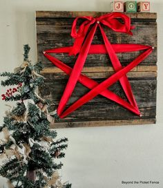 christmas+star_2.jpg 554×640 pixels. You could do a tree like this as well.