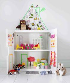 HUSET dukkemøbler fra IKEA er fremstillet i en små kopi af nogle IKEA klassikere.