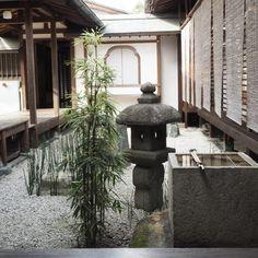 In this mood,,, #zen #zengarden #minimalism #minimalist #zuihoin #kyoto #daitokuji #conceptual #relaxing #mireishigemori