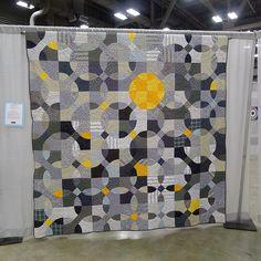 Fleur de Lis Quilts and Accessories: Sunday Quilt Inspiration: GRAY