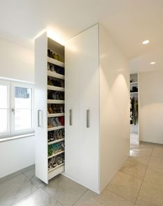 what a shoe closet! House S by Behnisch Architekten