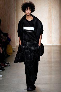 Sfilata DKNY New York - Collezioni Autunno Inverno 2016-17 - Vogue