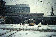 Die Straßenbahnen kämpfen sich oberirdisch voran - egal bei welchem Wetter. Foto: Leserfotografin irene