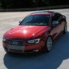 • Sunday feature! •  By: @fireball_s5  Car: 2015 Audi S5 Sportback HP: 3.0L V6 Supercharged  333hp 0-62 (mph): 4.9 seconds  Follow⬇⬇⬇ @audi__Germany @audicarsworld @audi_regram @audipixs  #audi #rs5 #audirs5 #a5 #s5 #sportback #supercar #sportscar #quattro #caroftheday #photooftheday #unique #love #yolo #speed #qauto #luxury #audir8 #wantanr8 #rs #teamaudi #beautiful #amazingcars247 #cars #photography #follow #instacool #instamood #supercar #sportscar