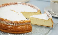 Der Quarkkuchen aus dem Video von Koch-KinoDE ist ein absoluter Traum. Backt ihn nach und serviert ihn euren Liebsten.