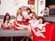 The Folly Mixtures Burlesque