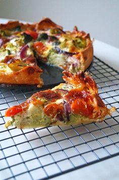 vegetarische quiche met broccoli