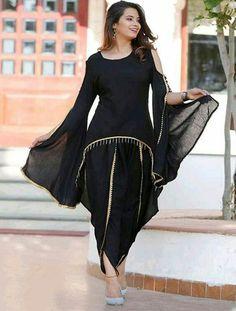 Dress Designs For Girls, Fancy Dress Design, Sleeves Designs For Dresses, Stylish Dresses For Girls, Stylish Dress Designs, Simple Dresses, Stylish Kurtis Design, Dresses With Sleeves, Black Pakistani Dress
