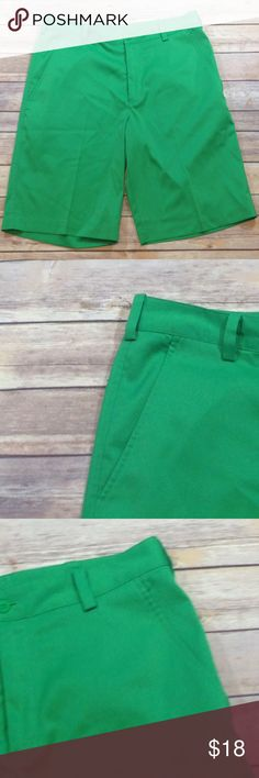 NIKE DRI FIT Green Golf Shorts Size 30 Excellent used condition. No defects. Let me know if you have any questions:-) Nike Shorts Athletic