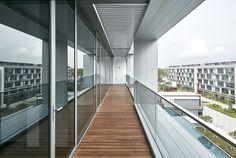 Galería de Seletar Park Residence / SCDA Architects - 11