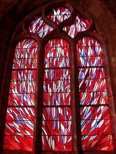 Jean Bazaine, Lundi de Pâques, vitrail sud de la Chapelle de la Madeleine à Penmarc'h, 1981.