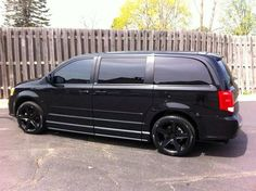 BL4KOUT 2012 Dodge Grand Caravan - Family would our's like this.