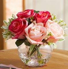 roses :) (must do this kind of bunch of flowers to my graduation party!)