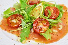 Карпаччо из лосося - кормим гостей красиво и вкусно