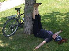 Siempre es buen momento para relajarse un momento y desconectar #103 yoga fácil (de verdad) http://domandoallobo.blogspot.com.es/2015/09/103-yoga-facil-de-verdad.html