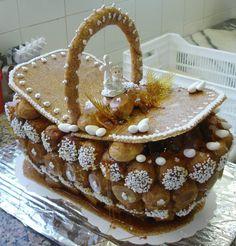 Croquembouche, Profiteroles, Eclairs, Macarons, Cake Cookies, Food Art, Tiramisu, Delicious Desserts, Gingerbread
