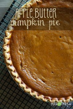 Apple Butter Pumpkin Pie // TriedandTasty