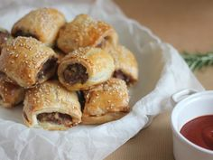 Lamb and rosemary sausage rolls with buttery puff pastry. Australian Food, Sausage Rolls, Australia Day, Hors D'oeuvres, Finger Foods, Lamb, Food And Drink, Appetizers, Snacks