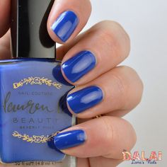 Beautiful blue nail polish, instant shine, gloss, and a beautiful blue hue! Lauren b aire of bel air.