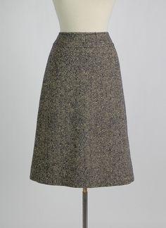 HEMLOCK VINTAGE CLOTHING : Vintage Burberry Houndstooth Wool Skirt