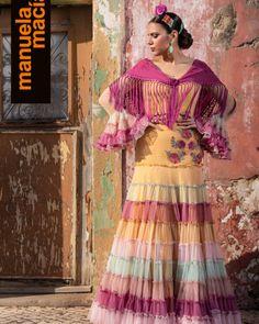 Colección 2019 Manuela Macías Moda Flamenca Flamenco Skirt, Classic Style, Classic Fashion, Belly Dance, Organic Cotton, Shoulder Dress, Sari, Halloween, Skirts
