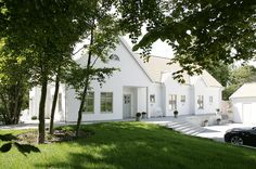 summer house country house home Style At Home, New England Hus, Scandinavian Cottage, Sweden House, Innovative Architecture, House Landscape, House Goals, Home Fashion, House Painting