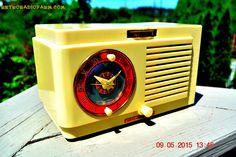 VANILLA WHITE Art Deco 1952 General Electric Model 66 AM Brown Bakelite Tube Clock Radio Totally Restored! by RetroRadioFarm on Etsy