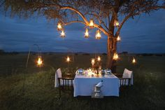 honeymoon, table decorations, under the stars, oil lamps, romantic dinners