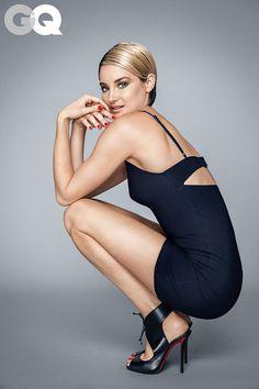 Shailene Woodley met kort kapsel in Divergent sequel Insurgent Shailene Woodley, Beautiful Celebrities, Gorgeous Women, Beautiful People, Actrices Sexy, Gq Men, Gq Magazine, Winter Mode, Insurgent
