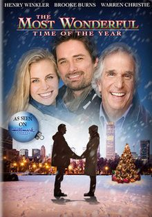 Available in: DVD.A modern-day female Scrooge gets a taste of Christmas romance in this family film from the Hallmark Channel. Jennifer (Brooke Burns) is a Great Christmas Movies, Xmas Movies, Hallmark Christmas Movies, Christmas Shows, Family Movies, Great Movies, Holiday Movies, Christmas Kiss, Christmas Pageant