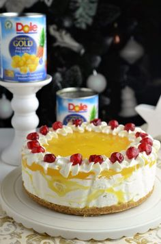 Tort cu ananas (fara coacere) - Retete culinare by Teo's Kitchen Cheesecake Cupcakes, Romanian Food, Food Cakes, Cheesecakes, Cake Recipes, Food And Drink, Sweets, Dishes, Cooking