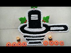 Mahashivratri celebrate in India. Mahadev worshipped on this day. All Indian festival make a rangoli in front of door and poojaghar.so I created easy Shivlin. Easy Rangoli Designs Videos, Simple Rangoli Designs Images, Rangoli Designs Flower, Rangoli Border Designs, Small Rangoli Design, Rangoli Ideas, Rangoli Designs Diwali, Rangoli Designs With Dots, Beautiful Rangoli Designs