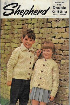 Sirdar Children/'s Cardigan /& Blanket DK Knitting Pattern 0-6yrs 1732