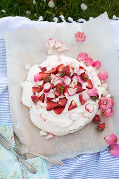 White chocolate blondies, White chocolate and Roses on Pinterest