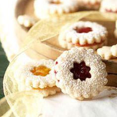Raspberry Sugar Cookie Sandwiches