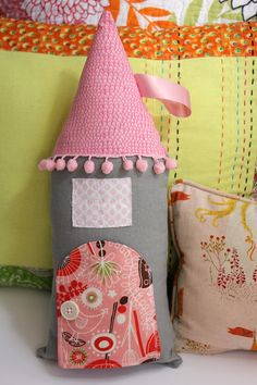 DIY Fairy House Pillow — Crafthubs