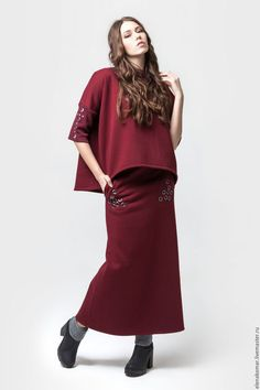 Maxi skirt / Юбки ручной работы. Ярмарка Мастеров - ручная работа. Купить Юбка бордовая длинная теплая с декором на карманах. Handmade. Бордовый