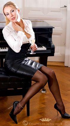 Mistress akira sexy amp brutal dominatrix 8