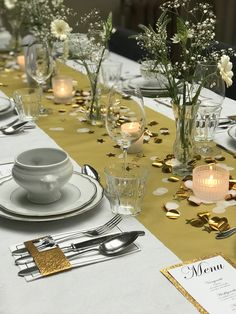 25 diner Diner White with a touch of gold Gold