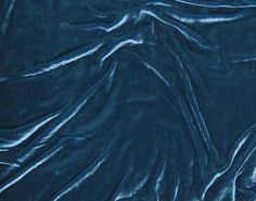 I'm thinking this silk velvet in teal would be perfect for my yoyo pillow project!  :)