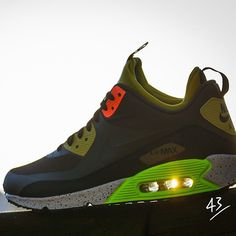 "Nike Air Max 90 ""Sneakerboot"""