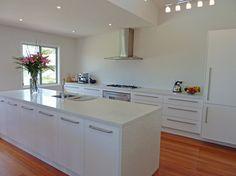 Bernie St, Bundeena NSW - contemporary - kitchen - Sydney - AN Builders Pty Ltd