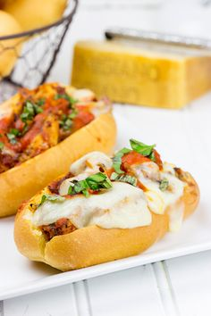 This Grilled Chicken Parm Sandwich is covered with pasta sauce and melted cheese to create a lighter version of a classic sandwich! Will probably be great with some veggies added. Grilling Recipes, Cooking Recipes, Healthy Recipes, Delicious Recipes, Breakfast Food List, Breakfast Recipes, Sandwiches, Game Day Food, Grilled Chicken