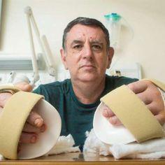 Médicos realizam primeiro transplante de mãos no Reino Unido